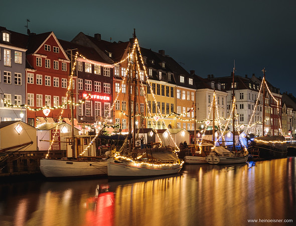 Nyhavn at christmas