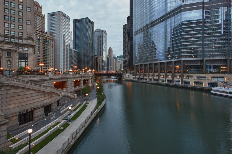 Chiicago River Walk