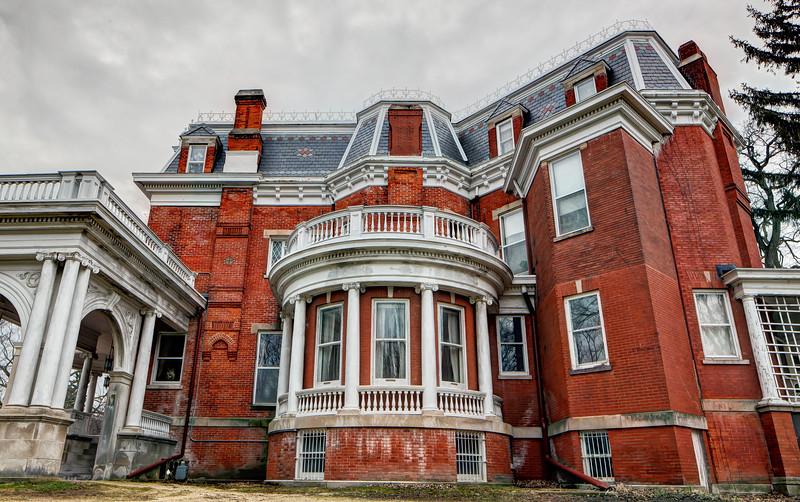 Issac Ellwood Mansion