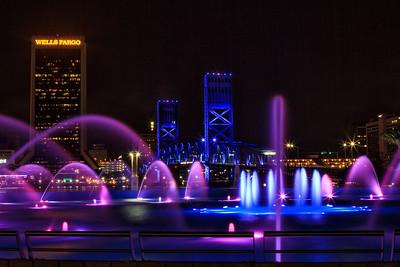 Friendship fountain and Main St Bridge