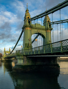Hammersmith Bridge Gaslamps
