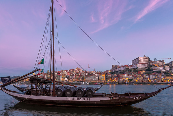 Sunrise at the Docks || Porto, Portugal
