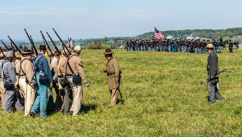 Confederates Move Into Battle