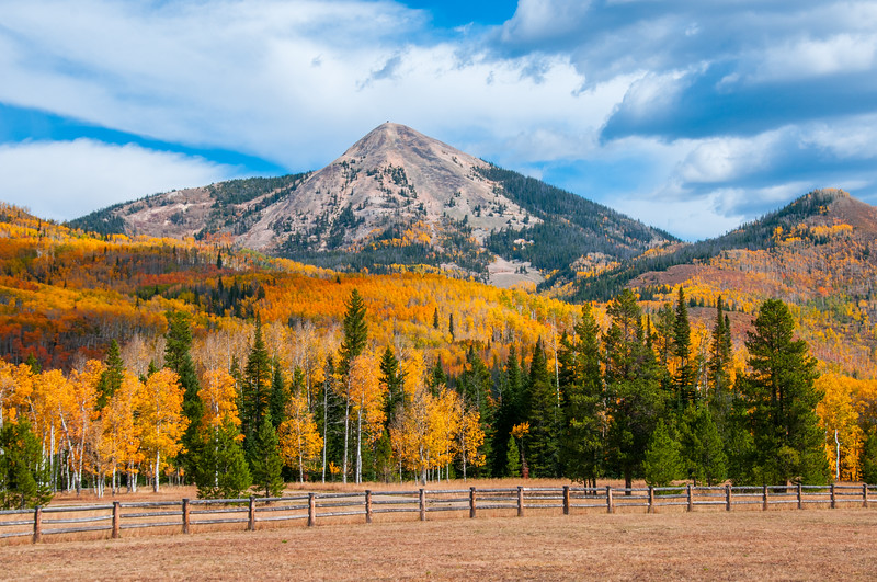 Hahn's Peak with Fall Colors