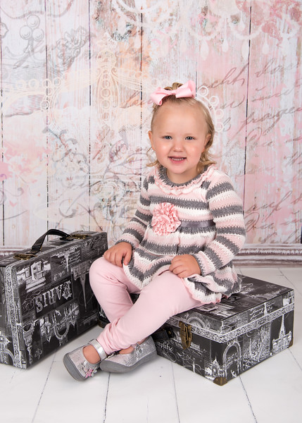 Lilly 2 year mini