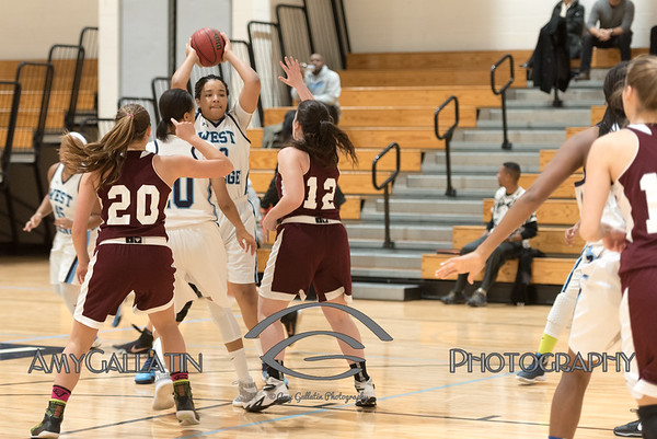 2017-01-03 WOHS Girls Varsity Basketball AMY_6433