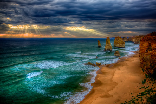 The 12 Apostles on the Great Ocean Road 1
