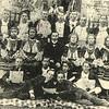506. Хор читальні в Старих Заліщиках. У центрі – Василь Цалинюк, 1906 р.