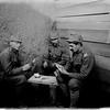 606. Австрійські солдати в хвилини затишшя, 1917 рік