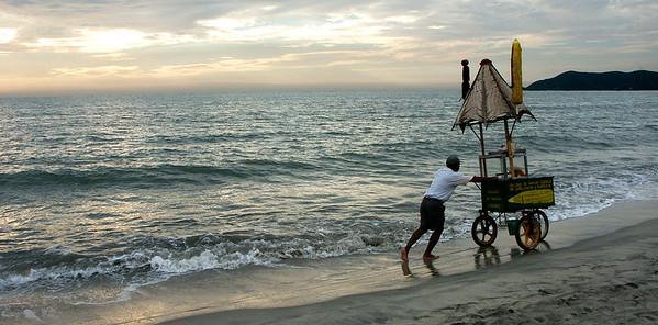 Corncobs Seller at Sunset (Sta. Marta)