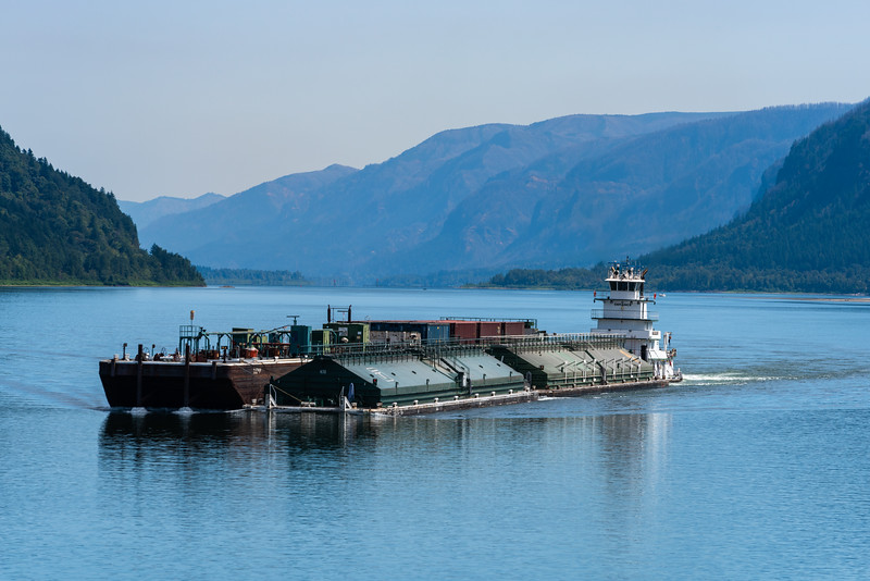 Barge headed for Portland