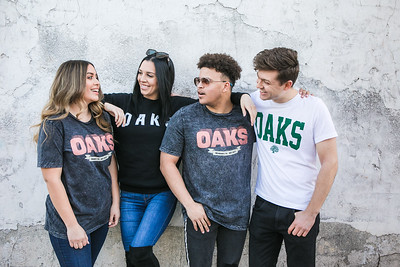 OaksMerch_Group7044