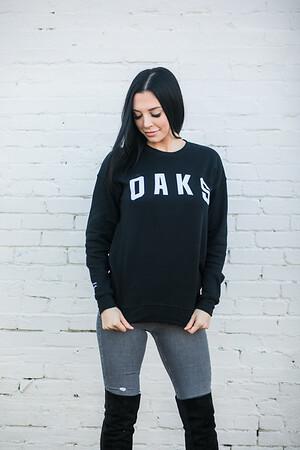 OaksMerch_Posed6658