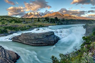 Cascado Rio Paine