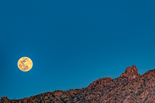 Full Moon over Pinnacle Peak