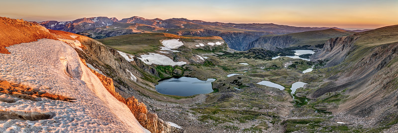Sunrise from the Beartooth Highway