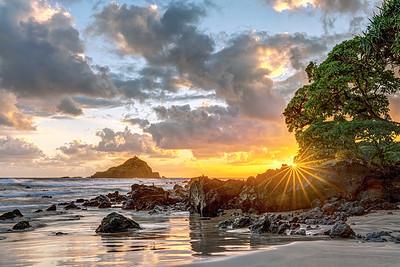 Sunrise at Koki Beach