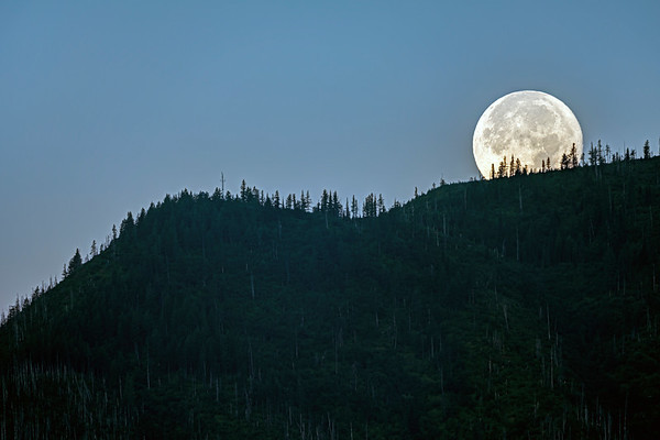 Moonrise in Glacier