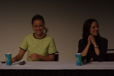 Anna Silk and Rachel Skarsten at 2014 Fan Expo Toronto