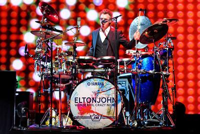 Elton John Coque 17