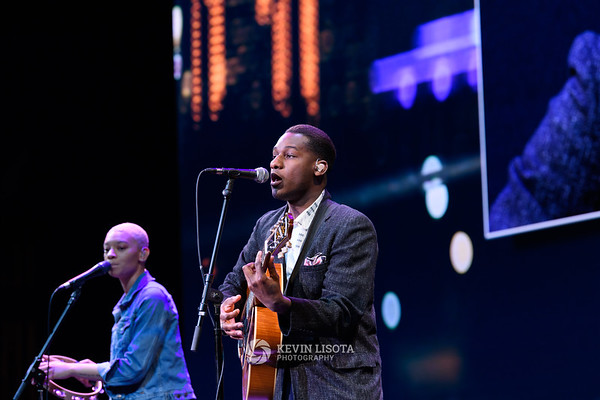 Leon Bridges - Starbucks Annual Shareholders Meeting 2017