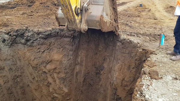 construction worker with excavator