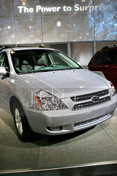 2006 New York Auto Show - Kia Sedona