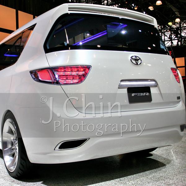 2006 New York Auto Show - Toyota concept car