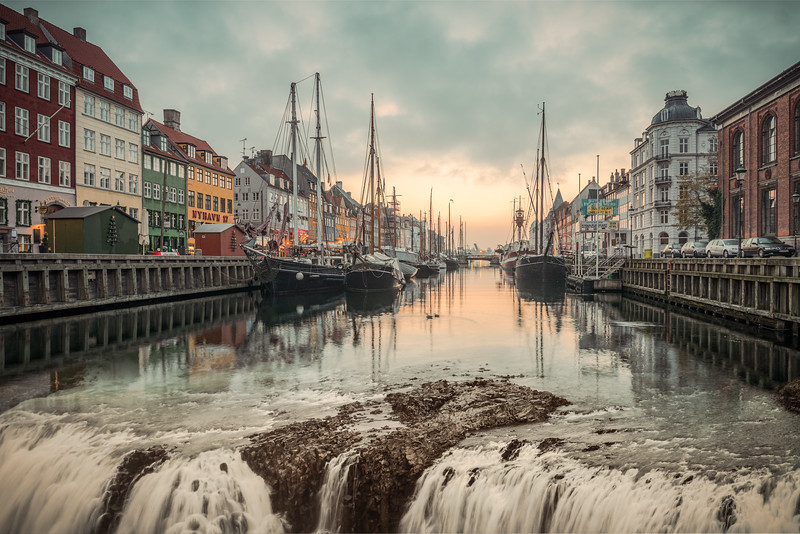 The Water is Running out of Nyhavn