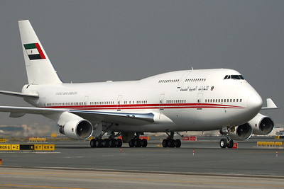 Reg: A6-COM Operator: United Arab Emirates - Dubai Air Wing Type:  Boeing 747-433SCD C/n: 25074 / 862 Location:  Dubai - International (DXB / OMDB) - UAE   This former Air Canada and Air India passenger aircraft has been converted to a VIP configuration and flies for the fleet of the UAE Royal Family, seen here taxiing to the Royal Terminal during the Dubai Air Show 2009.     Photo Date: 17 November 2009 Photo ID: 1300591