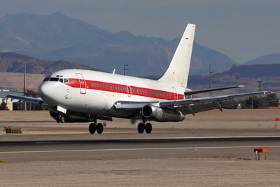 """Reg: N5176Y Operator: E.G. & G. Special Projects Type:  Boeing 737-253Adv (CT-43A) C/n: 20692 / 339   Ship """"285"""" a few feet above runway 25L at Las Vegas-McCarran, operating another Janet shuttle from remote facilites in the Nevada and Californian deserts.     Photo Date: 25 January 2008 Photo ID: 1200393"""