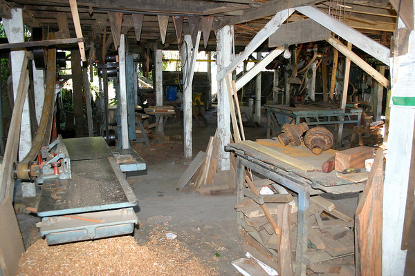 Hydraulic powered wood planer at the oxcart factory of Eloy Alfaro and Sons - city of Sarchi