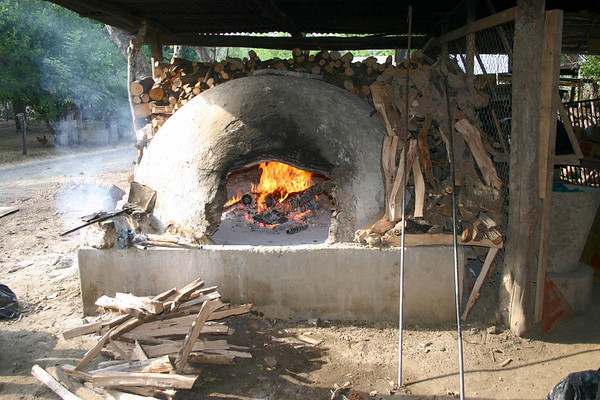 Earthen wood-fired pottery kiln - town of Guaitil - located in the north-central area of the Nicoya Peninsula - Guanacaste province (western)
