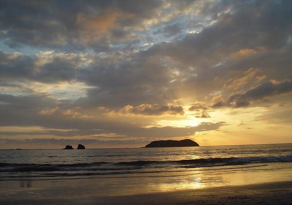 Sunset at Isla Largo (Long Island) - from Playa Espadilla Norte, just north of Manuel Antonio National Park - Puntarenas province