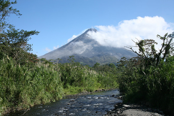 Volcán Arenal - from the Rio Aqua Caliente, near Lake Arenal - Arenal Volcano National Park - Alajuela province