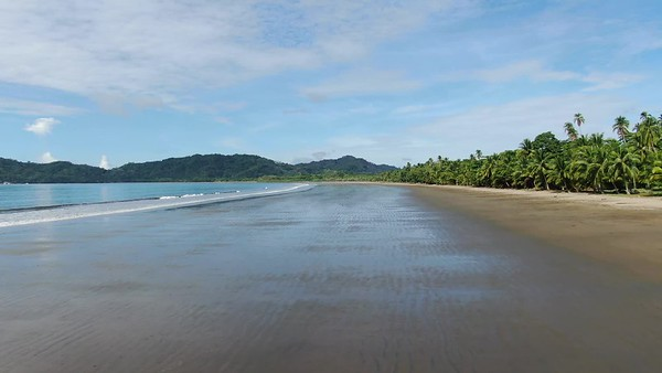 Tambor Beach, Nicoya Peninsula, Costa Rica - Tropical beach paradise