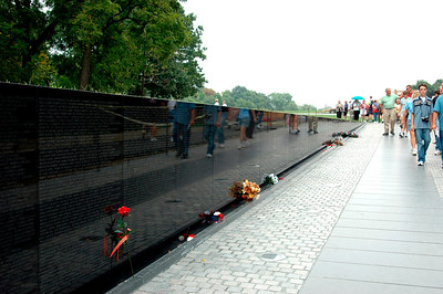 040918 0202 Washington DC - Vietnam Veteran Memorial Wall 2 _D _E _N ~E ~L