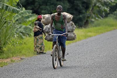 070103 3259 Burundi - Bujumbura - Trip to Antoines Village _E _L ~E ~L