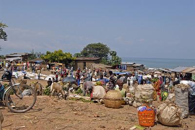 070103 3176 Burundi - Bujumbura - Trip to Antoines Village _E _L ~E ~L