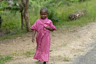 070103 3271 Burundi - Bujumbura - Trip to Antoines Village _E _L ~E ~L