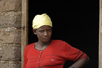 070103 3274 Burundi - Bujumbura - Trip to Antoines Village _E _L ~E ~L
