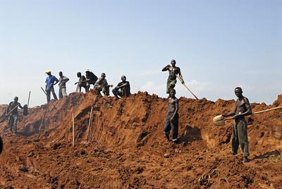 070103 3143 Burundi - Bujumbura - Trip to Antoines Village _E _L ~E ~L
