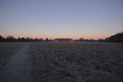 041227 2009 England - Henley - Christmas with Robertsons - Sonning Common Moon _F _P ~E ~L