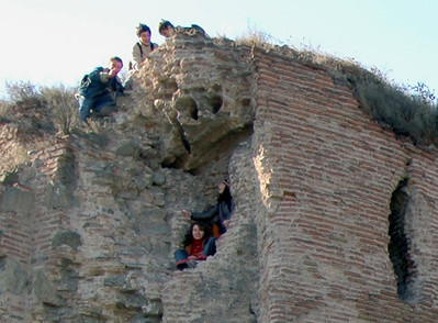 041119 1286 Georgia - Tbilisi - Church on the hill - Children _C _E _H _N ~E ~L