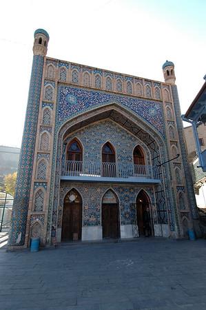 041119 1251 Georgia - Tbilisi - Old City _E _H _N ~E ~P
