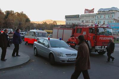 041118 1306 Georgia - Tbilisi Fire in Hotel _D _E _H ~E ~L