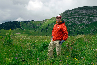 070626 7049 Switzerland - Geneva - Downtown Hiking Nyon David _E _L ~E ~L