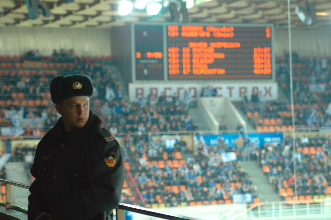 041106 0540 Russia - Moscow Hockey Game Security Guard _O ~E ~L