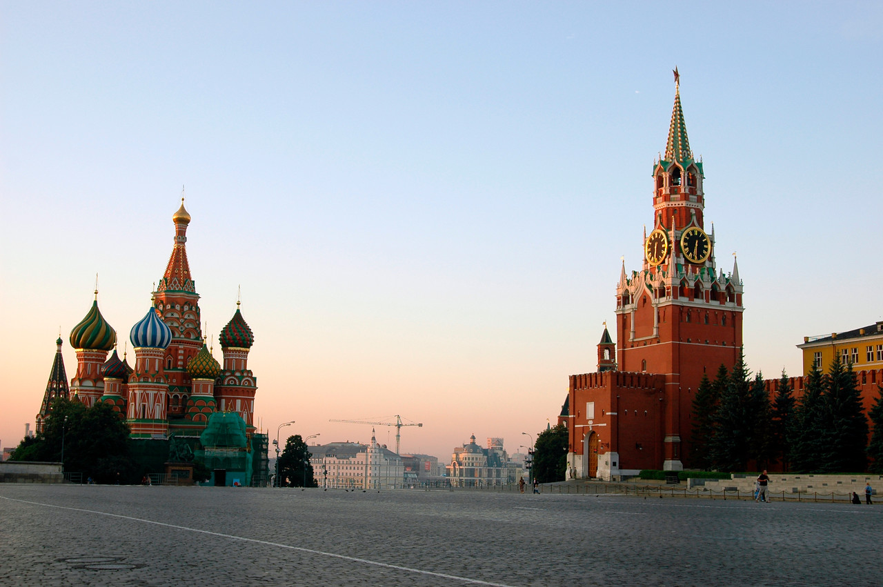 040819 0137 Moscow - Early Morning Red Square St  Basil and clock tower _H _J ~E ~L