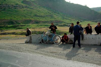 050427 3639 Uzbekistan - Samarkand - Road Trip to Tashkent _D _E _I ~E ~L